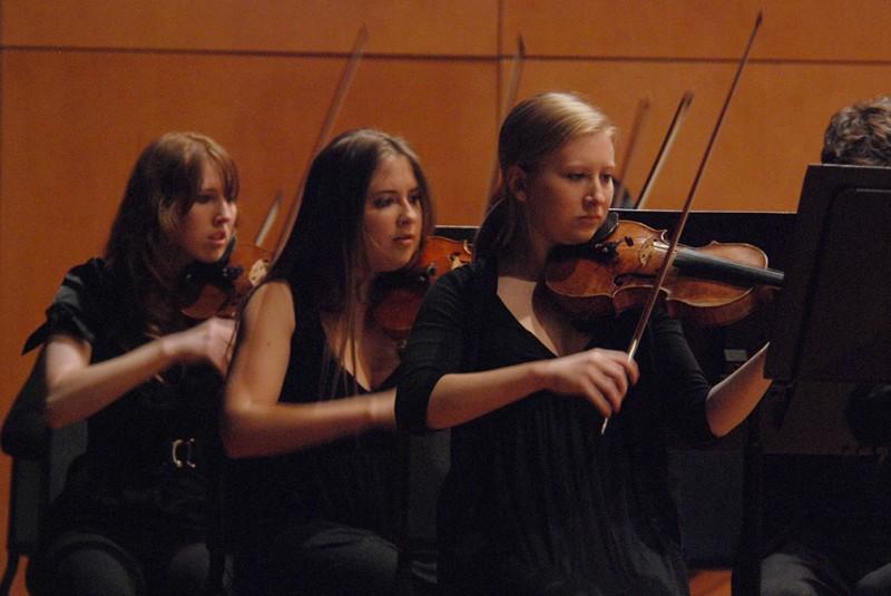 Juniors Jordan Sheffield, Olivia Steiger and senior Lauren Falconi play