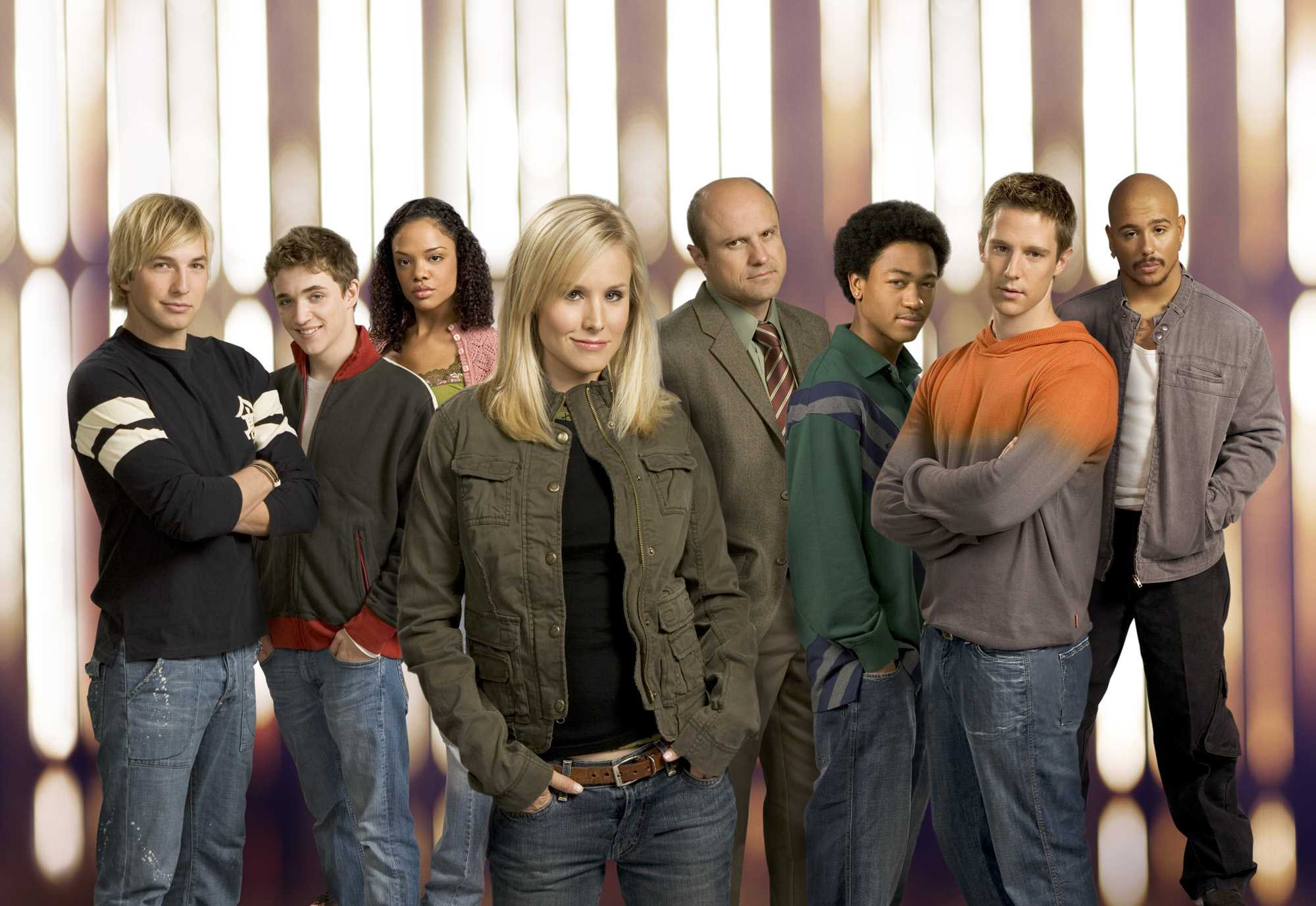 The cast of Veronica Mars. Image courtesy of Warner Bros.