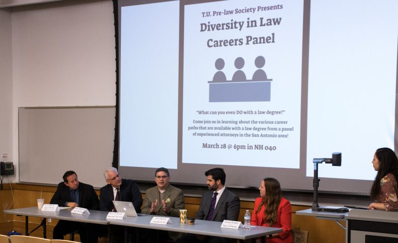 Tu+Pre-Law+welcomed+five+lawyers+to+their+Diversity+in+Law+Careers+Panel.+The+panelists+gave+students+tips+on+going+to+law+school+and+becoming+a+lawyer.+Photo+by+Chloe+Sonnier%2C+staff+photographer