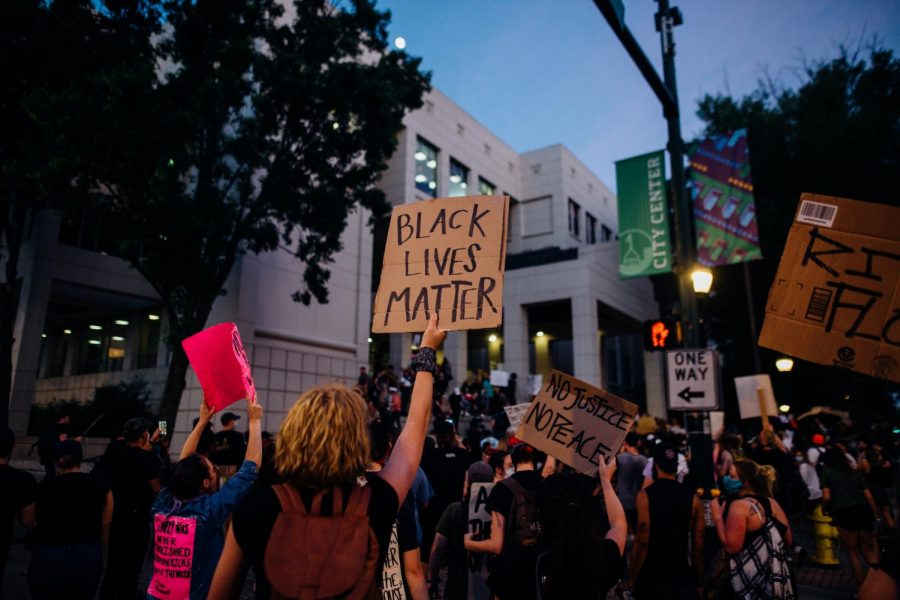 Community+reacts+to+Chauvin+verdict%2C+highlight+police+violence+by+SAPD