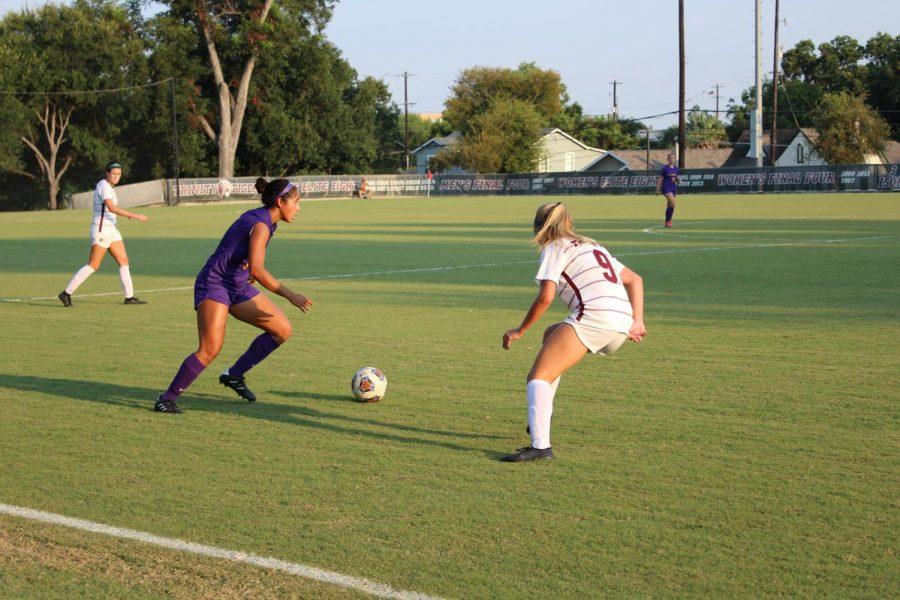 Womens Soccer kicks off season with four win streak