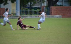 Men's soccer remains undefeated six games into season