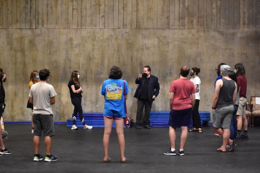 """Theatre department reflects on first show of season, """"365"""""""